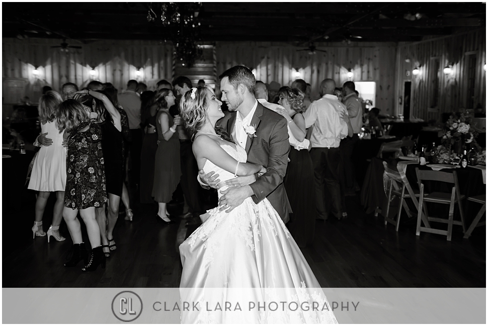 the_springs_lake_conroe_wedding-AN_0012.jpg