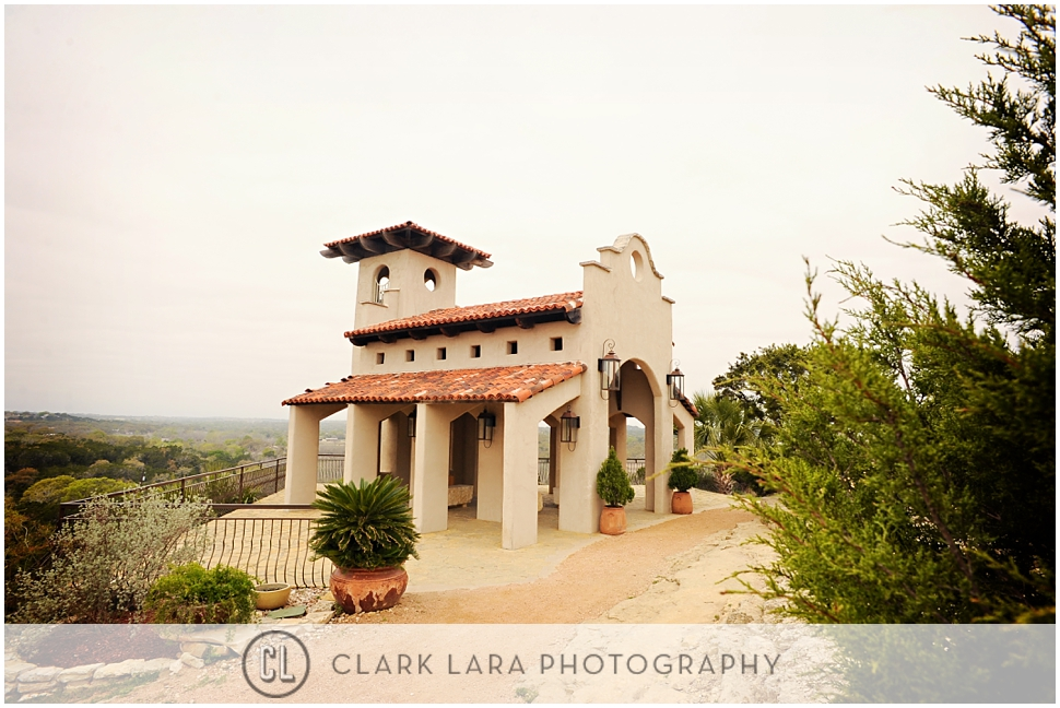 chapel_dulcinea_austin_wedding_ceremony-MMF01