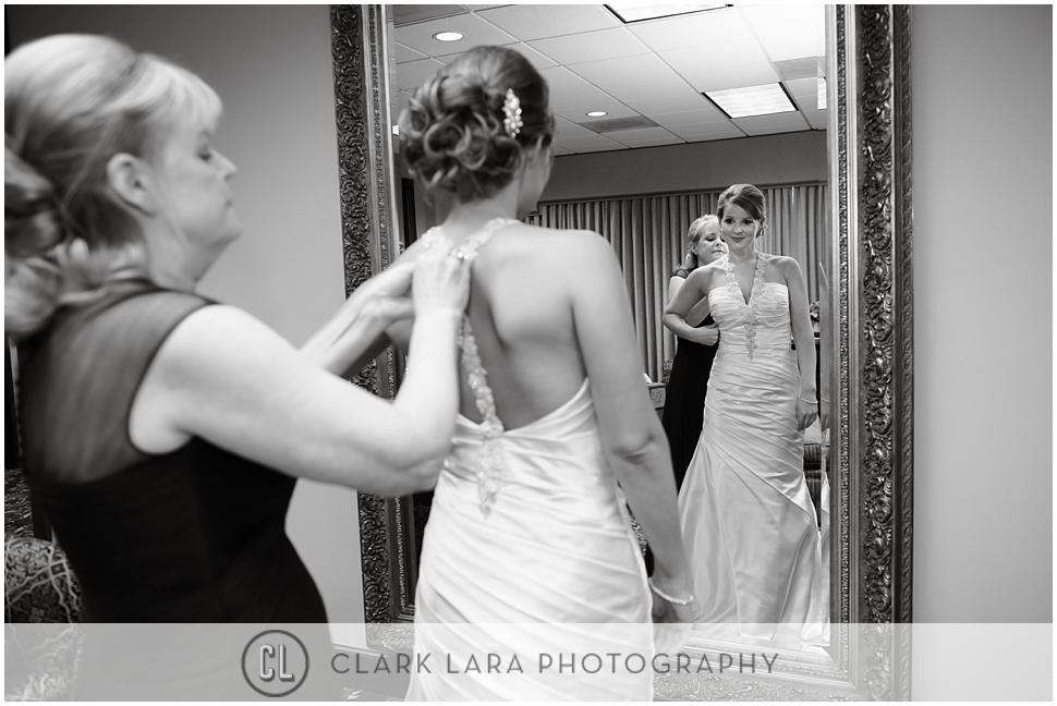 TWUMC_wedding_getting_ready_LJG03